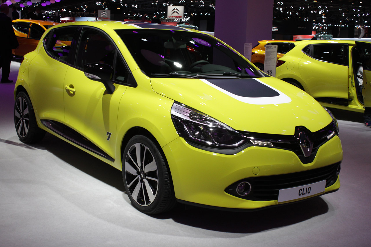 Featured Image of 2013 Renault Clio At Paris Motor Show