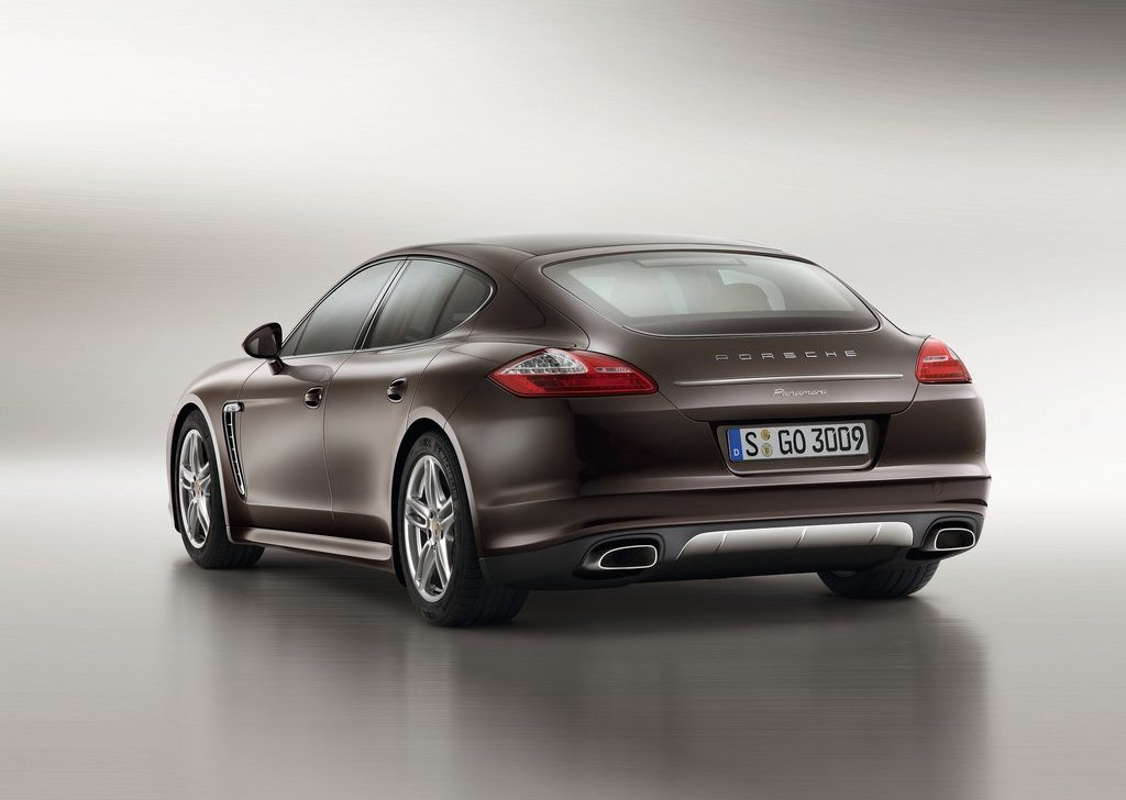 2013 Porsche Panamera Platinum Edition Rear (Photo 4 of 5)