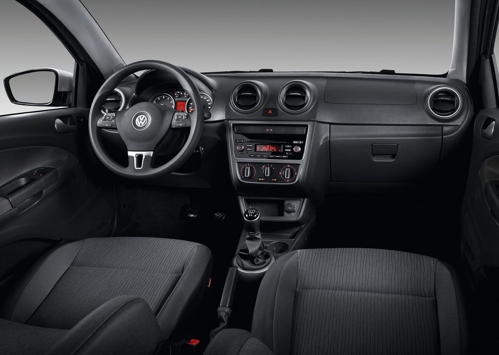 2013 Volkswagen Gol 2 Door Interior (Photo 3 of 6)