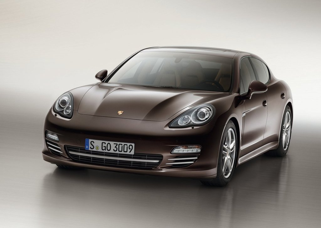 Porsche Panamera Platinum Edition (Photo 2 of 5)