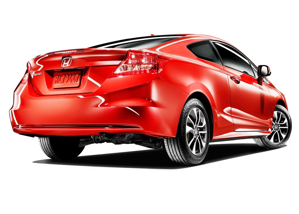 2013 Honda Civic Coupe Rear Angle (Photo 5 of 6)