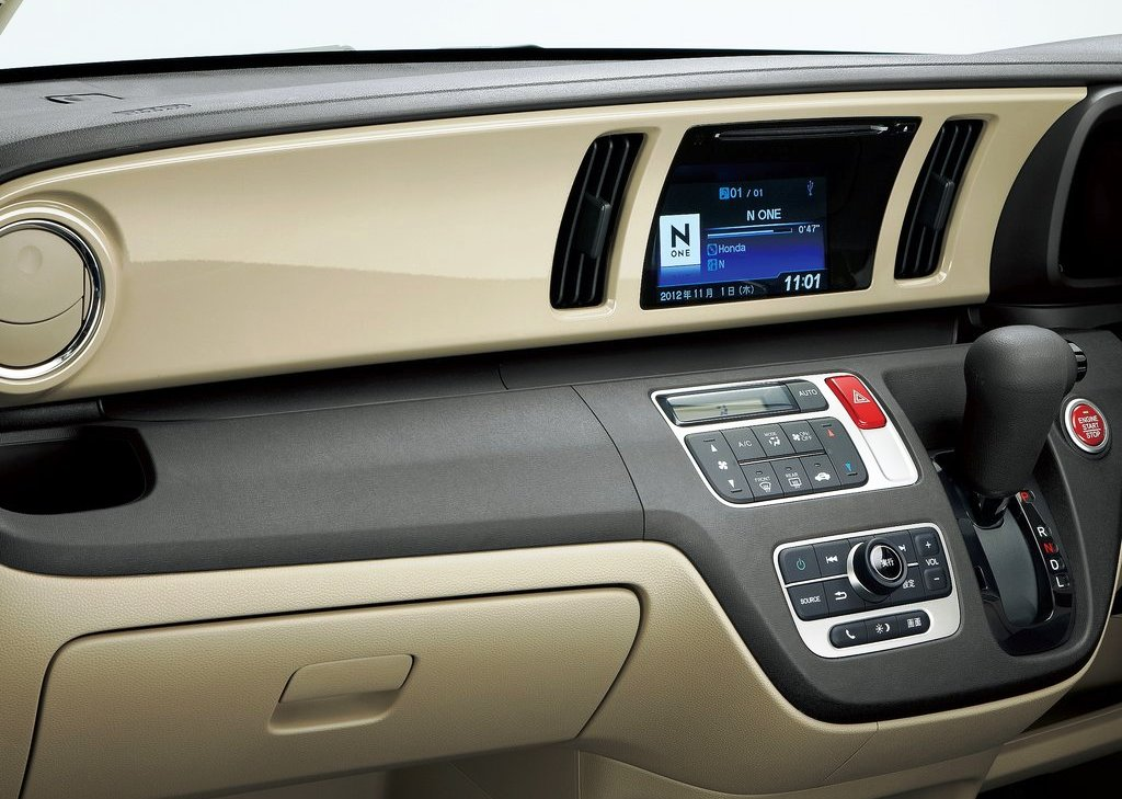 2013 Honda N One Interior (Photo 3 of 6)