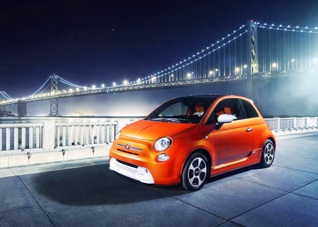 2014 Fiat 500e Front Angle (View 1 of 5)