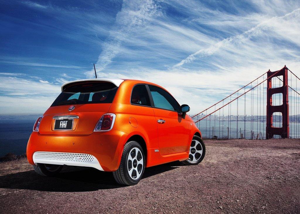 2014 Fiat 500e Rear Angle (View 3 of 5)
