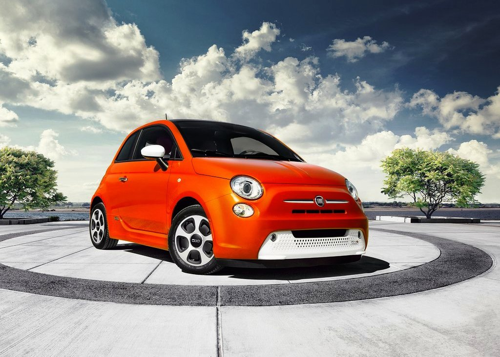 Featured Image of 2014 Fiat 500e Review