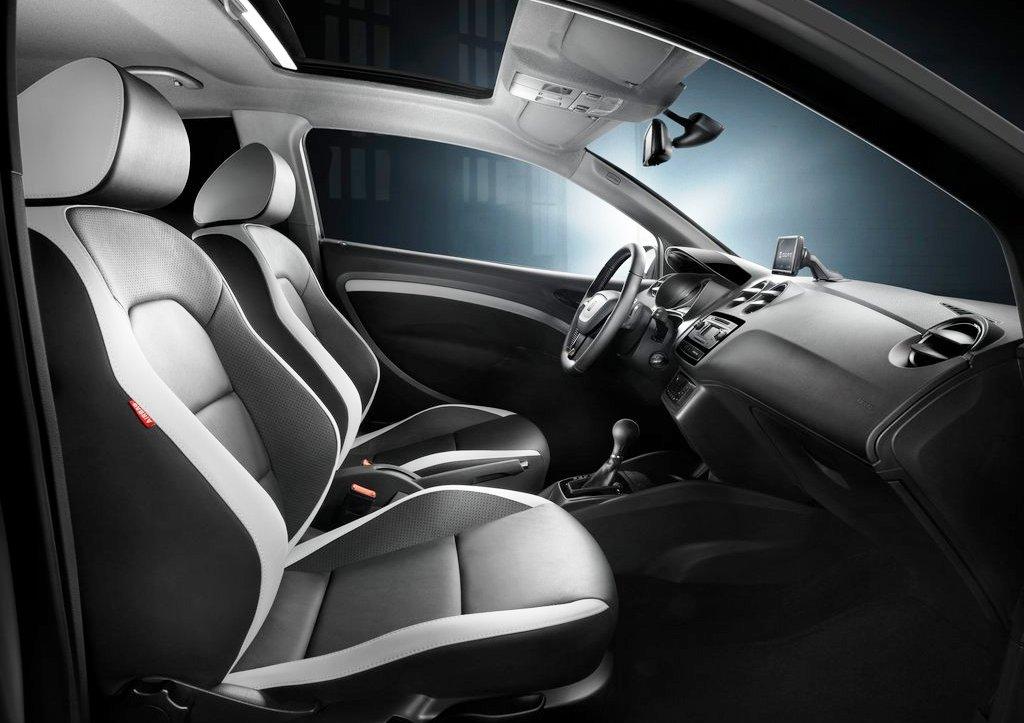 2013 Seat Ibiza Cupra Interior (Photo 4 of 5)