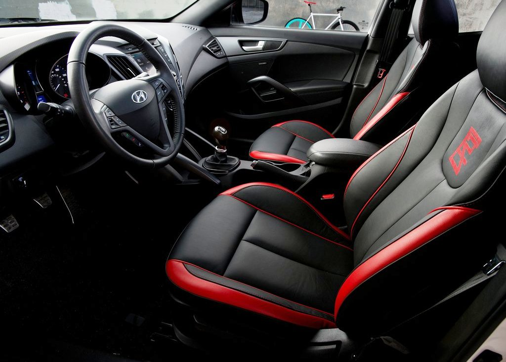 2012 Hyundai Veloster C3 Interior (Photo 4 of 6)