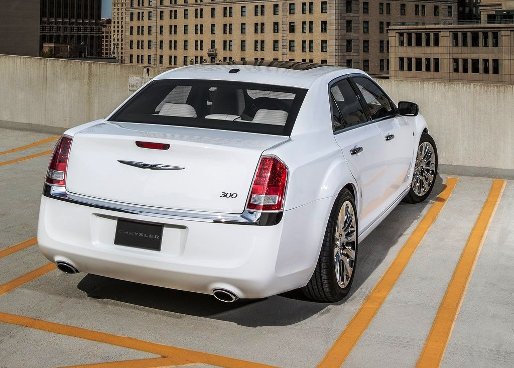 2013 Chrysler 300 Motown Rear Angle (Photo 6 of 7)