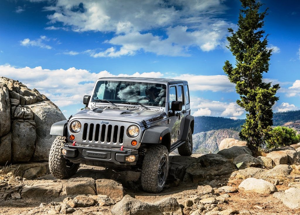 Featured Image of 2013 Jeep Wrangler Rubicon 10th Anniversary Edition