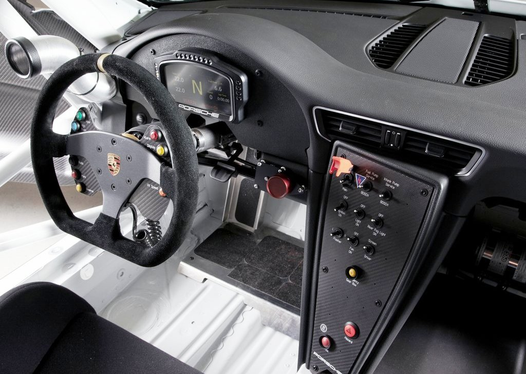 2013 Porsche 911 GT3 Cup Interior (Photo 3 of 7)