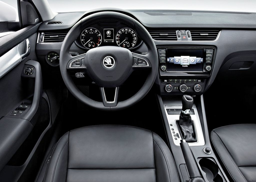 2013 Skoda Octavia Interior (Photo 3 of 4)