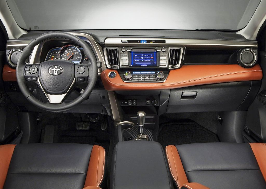 2013 Toyota RAV4 Interior (Photo 5 of 8)