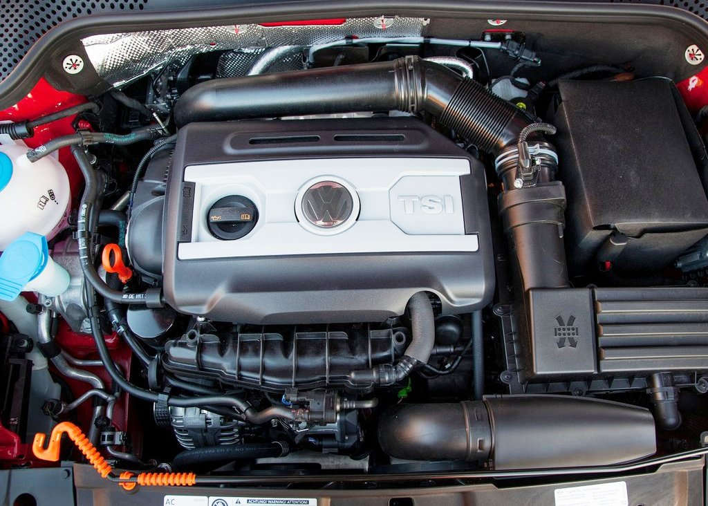 2013 Volkswagen Beetle Convertible Engine (View 1 of 7)