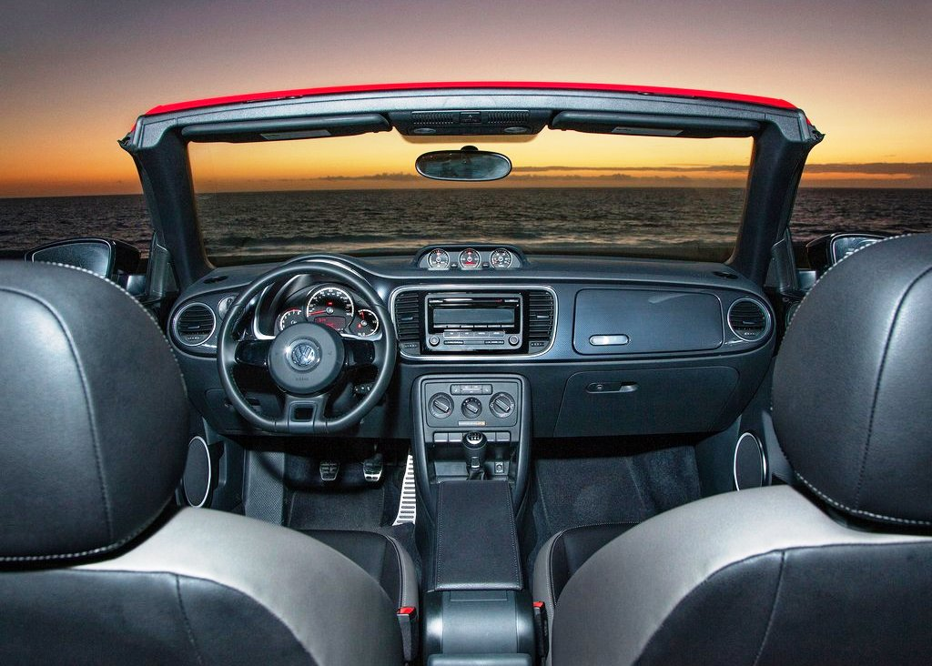 2013 Volkswagen Beetle Convertible Interior (Photo 4 of 7)