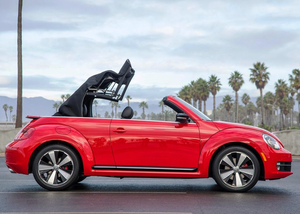 2013 Volkswagen Beetle Convertible Side View (Photo 6 of 7)