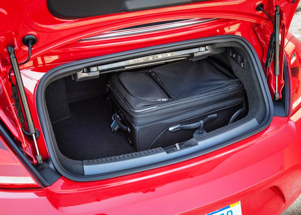 2013 Volkswagen Beetle Convertible Trunk (Photo 7 of 7)