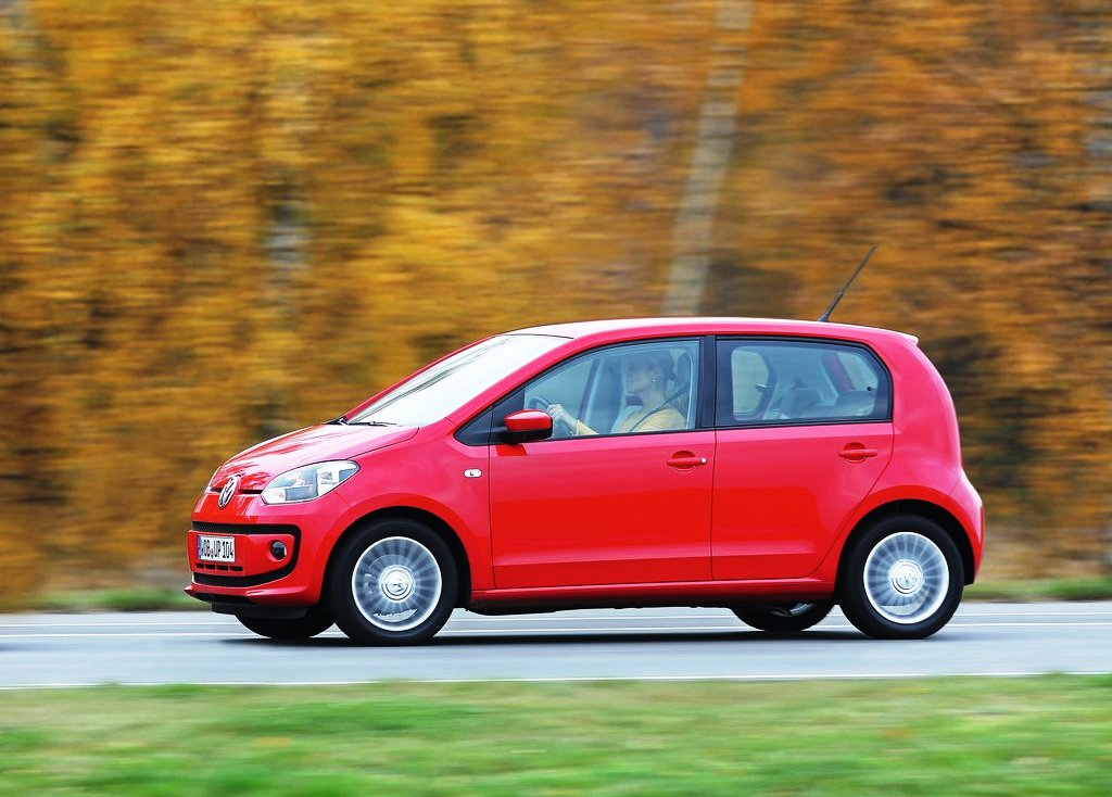 2013 Volkswagen Eco Up Side View (Photo 7 of 7)
