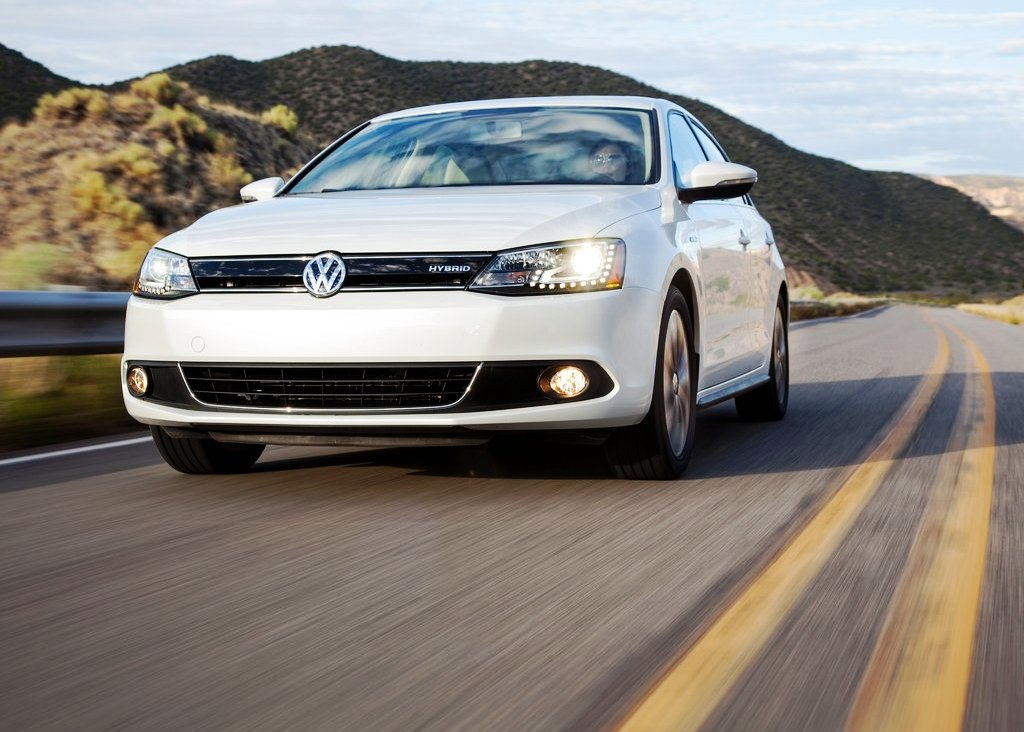 Featured Image of 2013 Volkswagen Jetta Hybrid Review