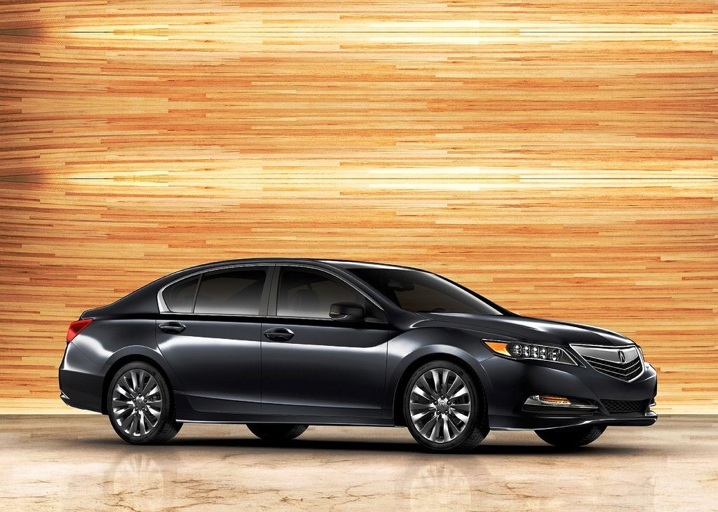 2014 Acura RLX Front Angle (Photo 4 of 8)