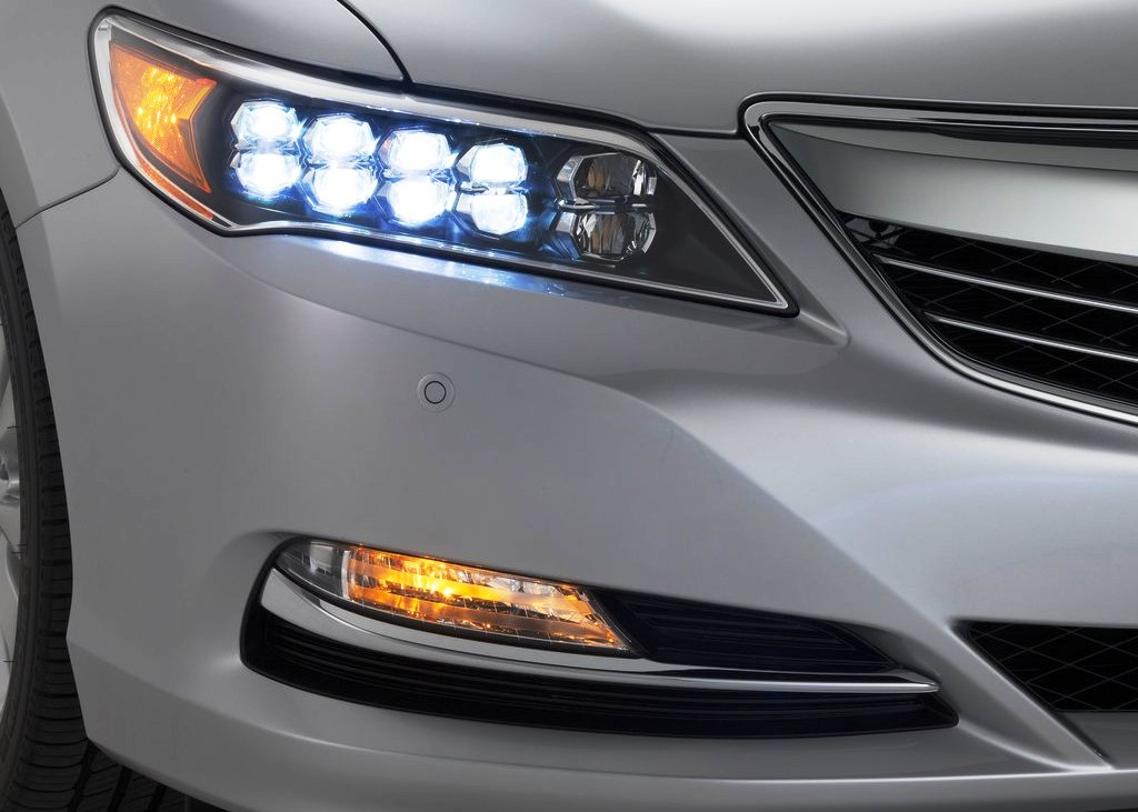 2014 Acura RLX Head Lamp (Photo 5 of 8)