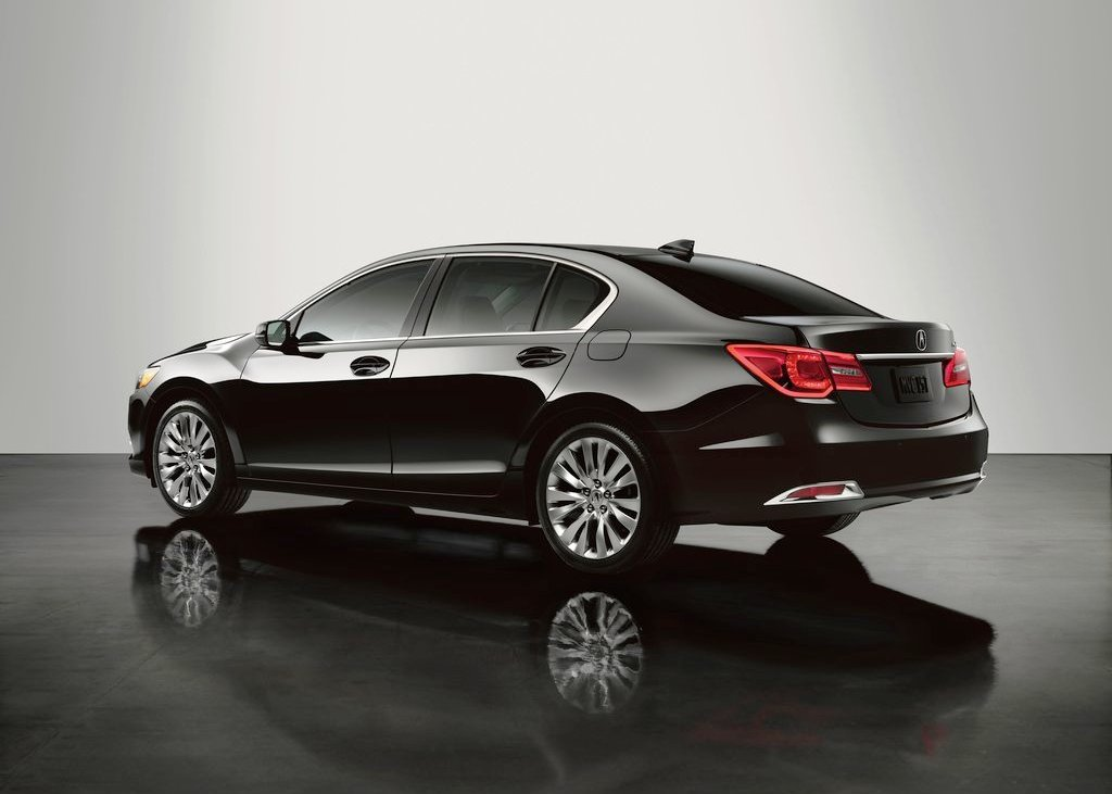 2014 Acura RLX Rear Angle (Photo 8 of 8)