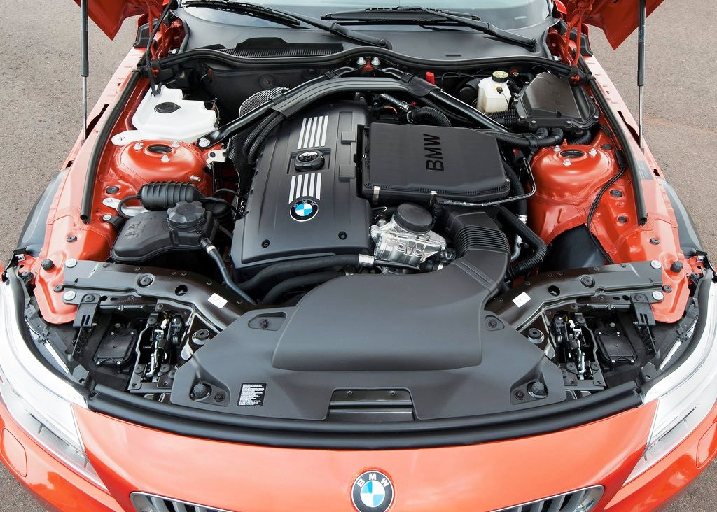 2014 BMW Z4 Roadster Engine (Photo 2 of 9)
