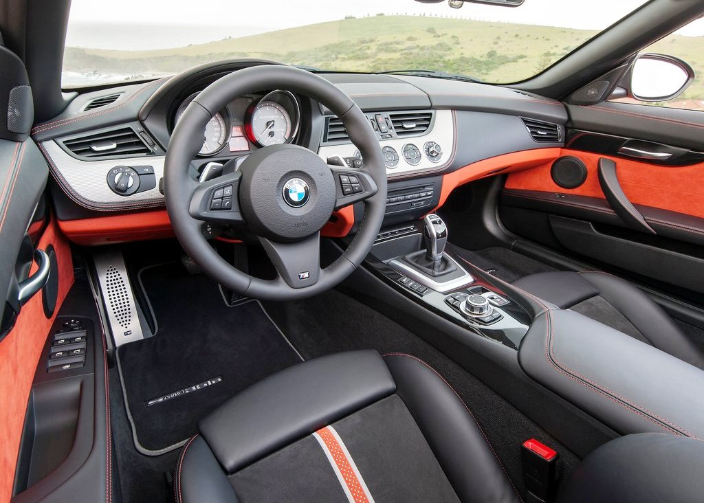 2014 BMW Z4 Roadster Interior (View 5 of 9)