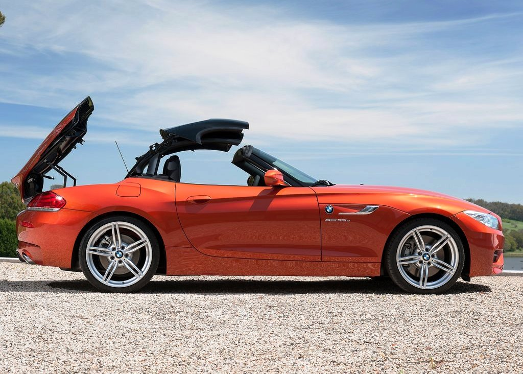 2014 BMW Z4 Roadster Right Side (View 8 of 9)