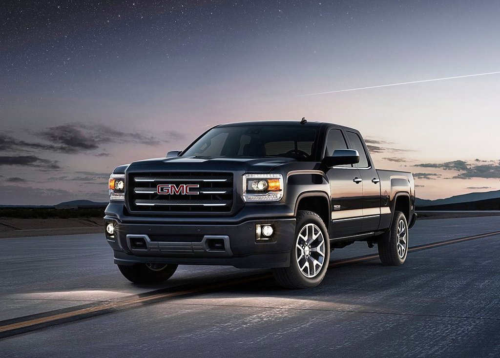 2014 GMC Sierra Front Angle (Photo 2 of 8)