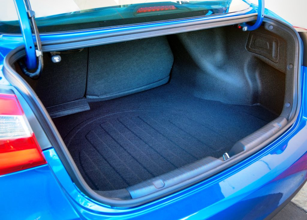 2014 Kia Forte Trunk (Photo 8 of 9)