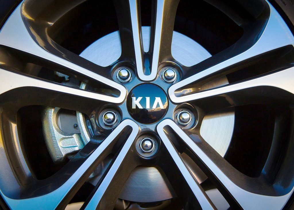 2014 Kia Forte Wheels (Photo 9 of 9)