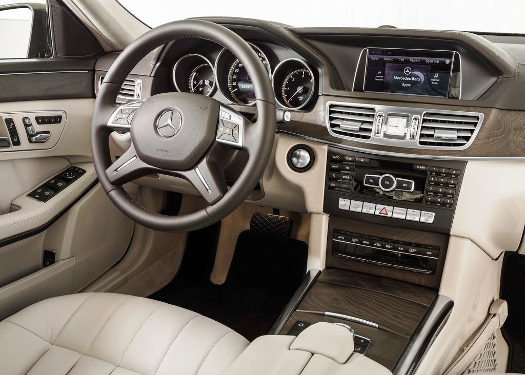 2014 Mercedes Benz E Class Interior (View 4 of 9)