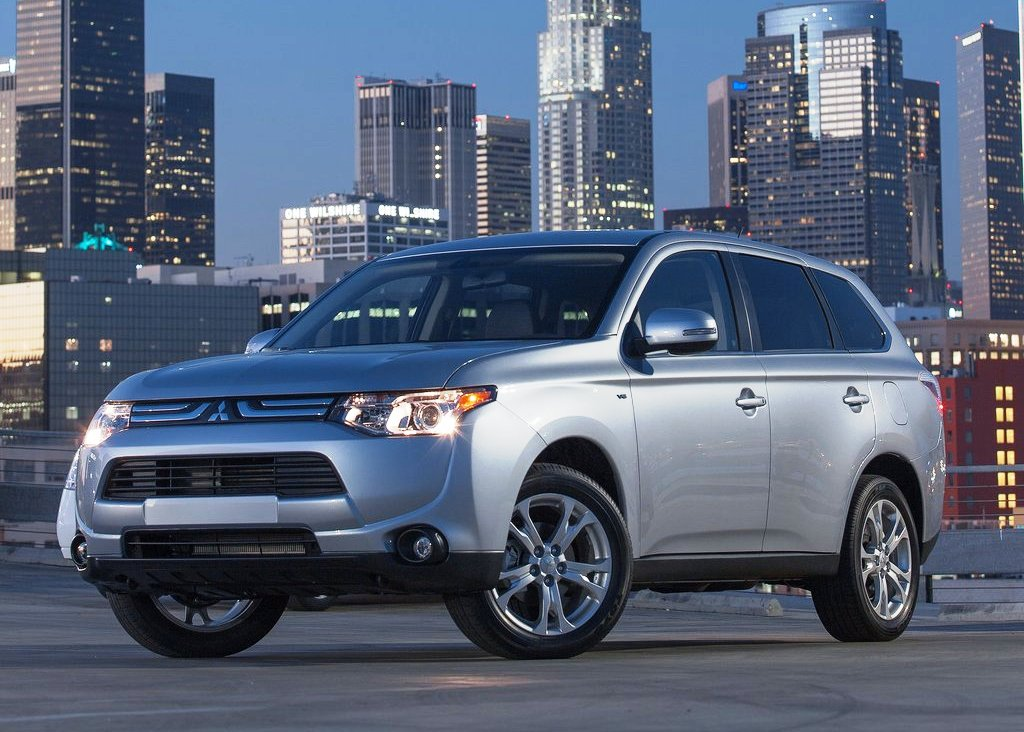 Featured Image of 2014 Mitsubishi Outlander Review