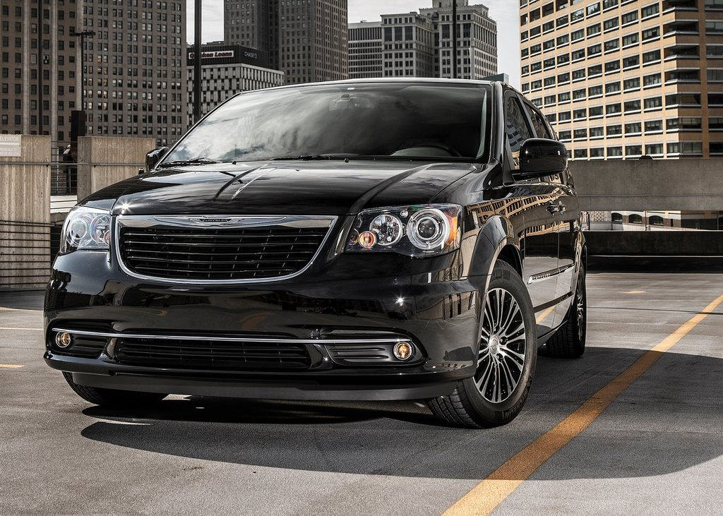 2013 Chrysler Town And Country S Wallpaper (Photo 7 of 7)