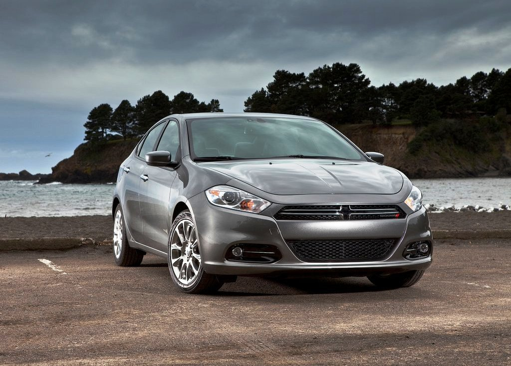 2013 Dodge Dart Front View (Photo 2 of 7)