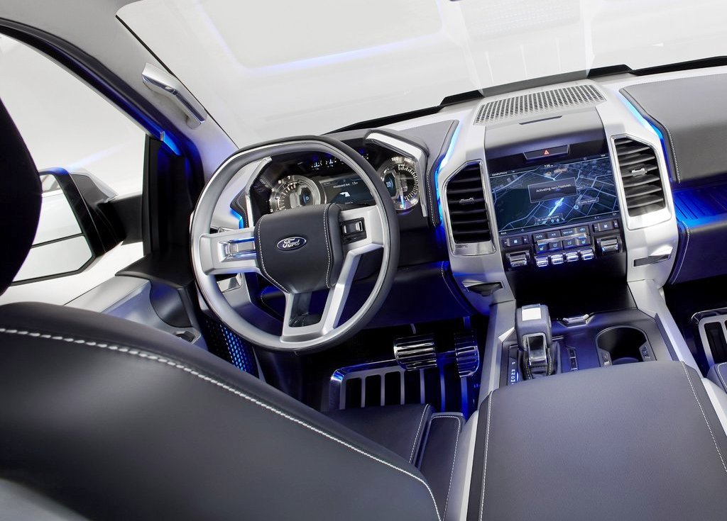 2013 Ford Atlas Interior (View 3 of 8)