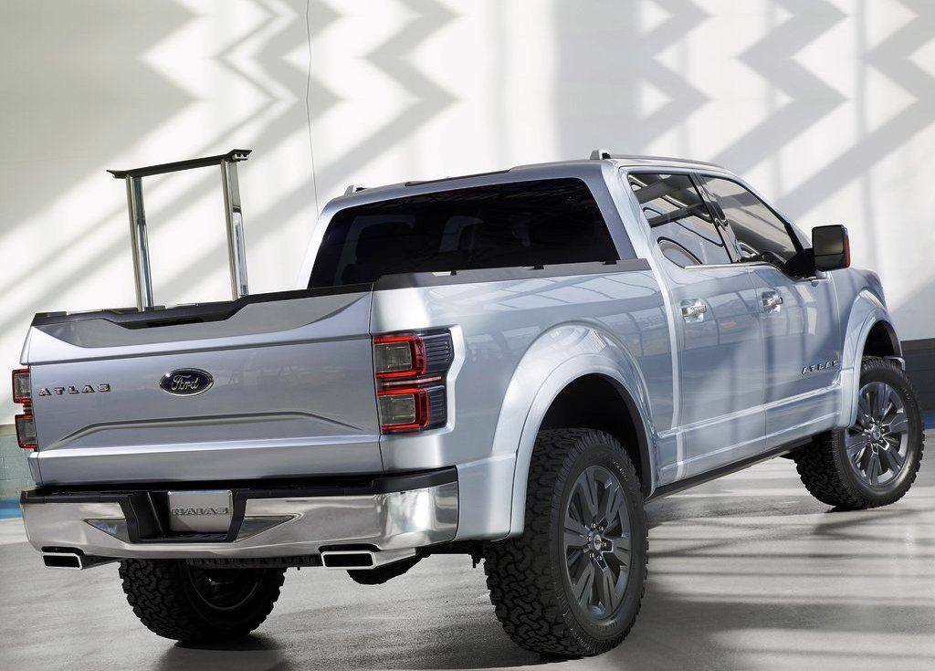 2013 Ford Atlas Rear (View 4 of 8)