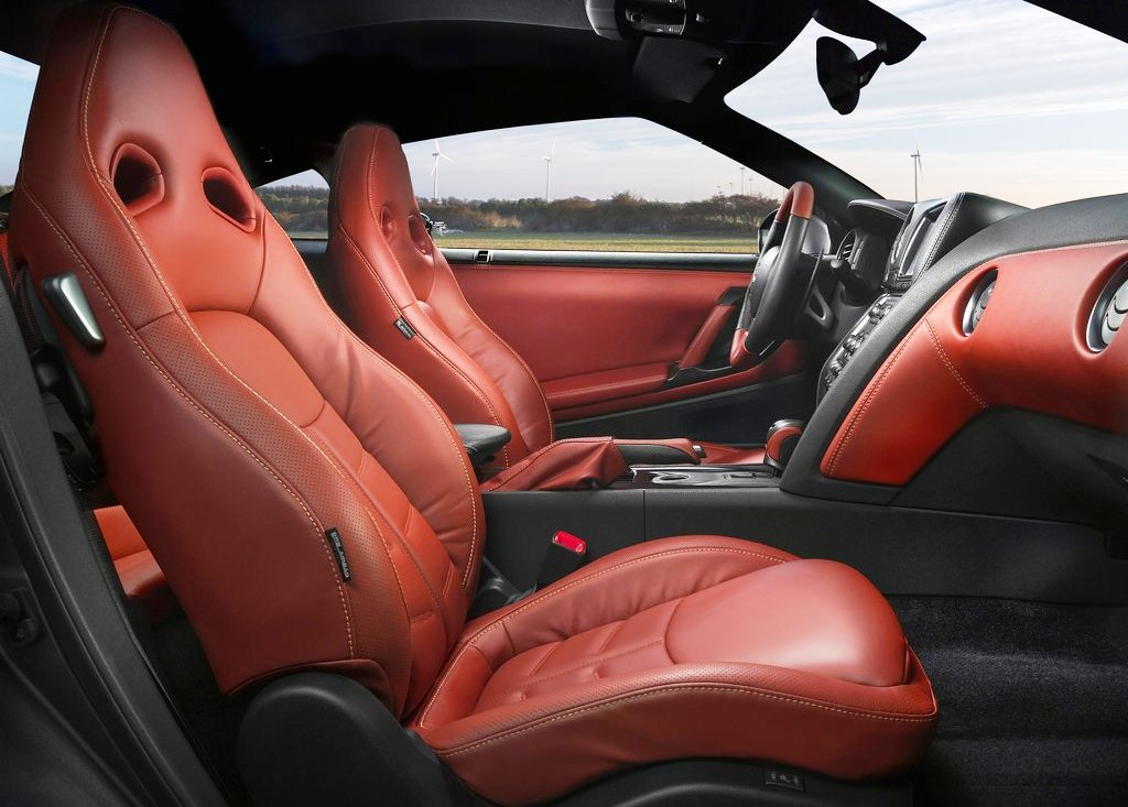 2013 Nissan Gt R Seat (Photo 7 of 9)