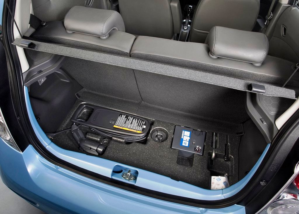 2014 Chevrolet Spark EV Trunk (View 5 of 6)