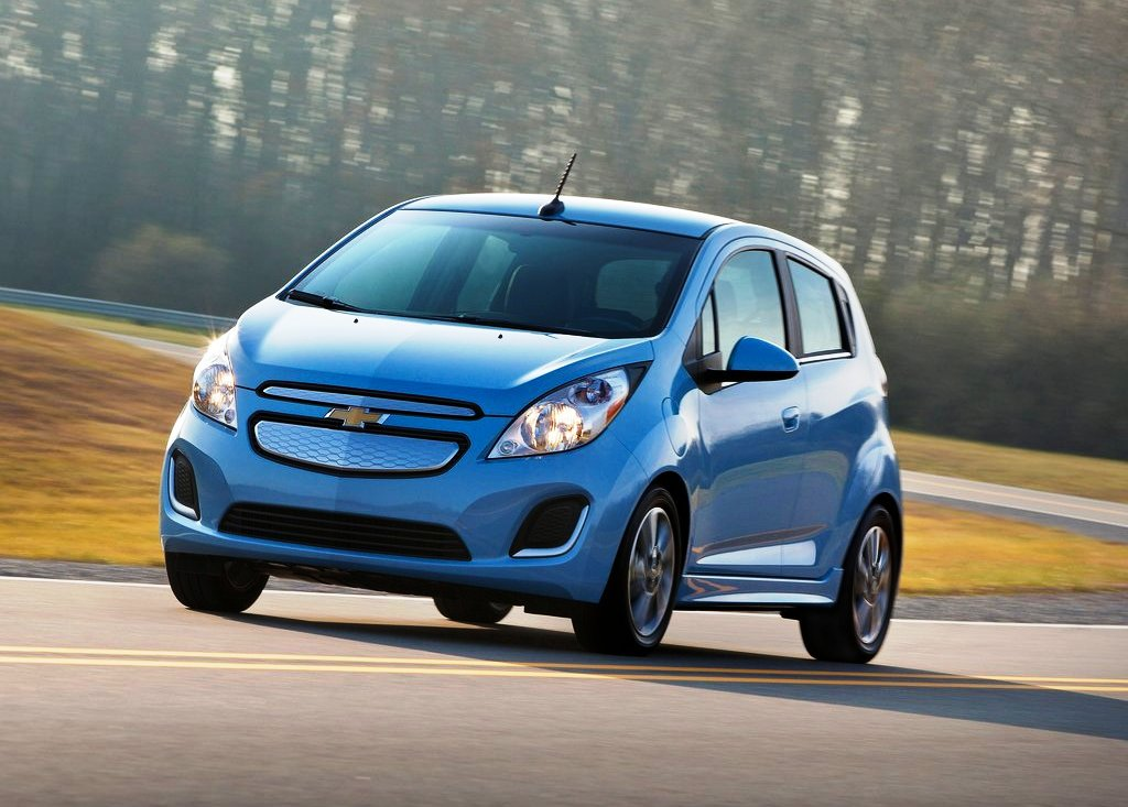 Featured Image of 2014 Chevrolet Spark EV Review