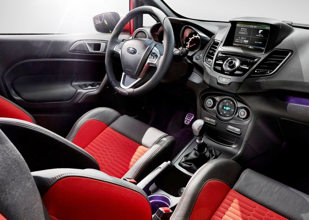 2014 Ford Fiesta ST Interior (Photo 3 of 7)