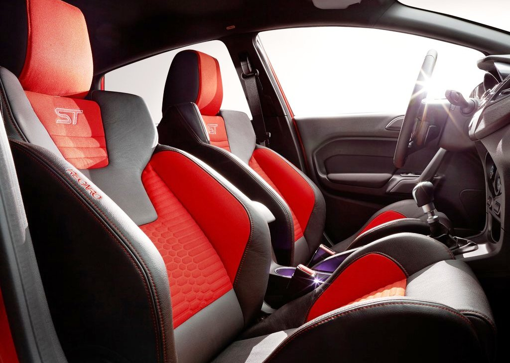 2014 Ford Fiesta ST Seat (Photo 6 of 7)
