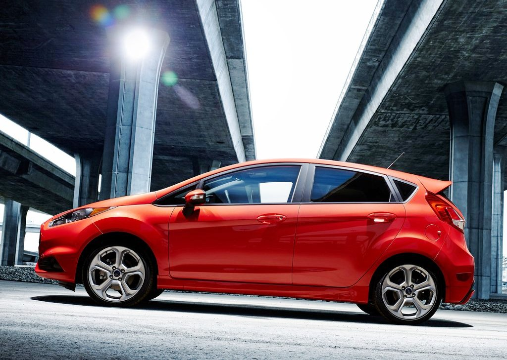 2014 Ford Fiesta ST Side View (Photo 7 of 7)