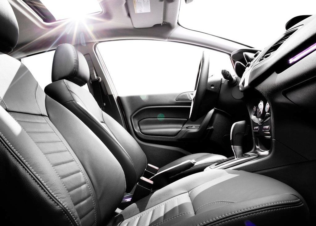 2014 Ford Fiesta Sedan Interior (Photo 5 of 9)