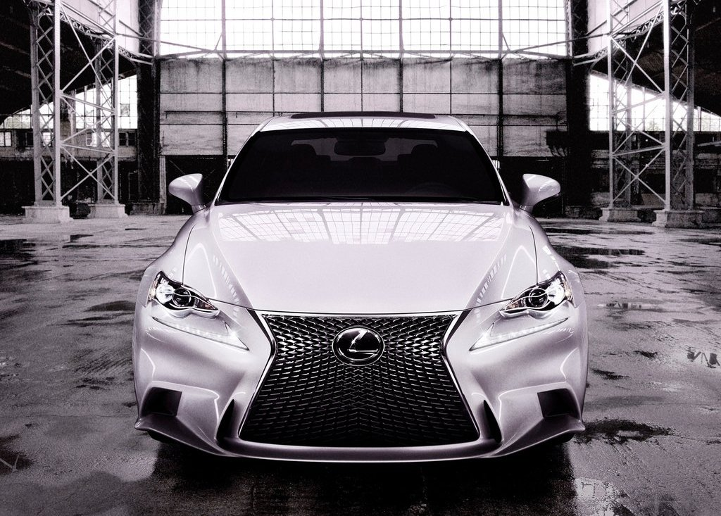 2014 Lexus Is Front (Photo 3 of 8)
