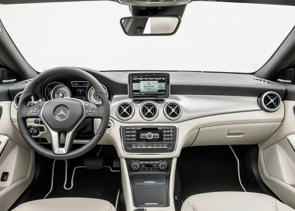 2014 Mercedes Benz Cla Class Inside (Photo 2 of 7)