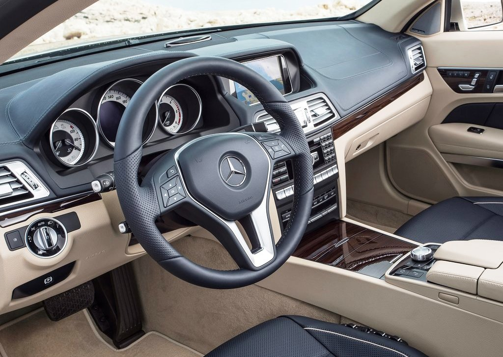 2014 Mercedes Benz E Class Cabriolet Interior (Photo 4 of 8)