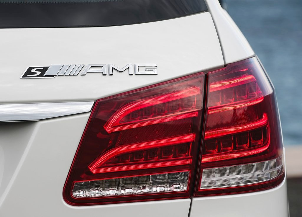 2014 Mercedes Benz E63 Amg Estate Tail Lamp (Photo 7 of 8)