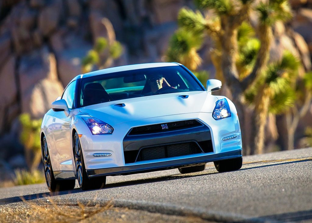 2014 Nissan Gt R Pictures (View 2 of 6)