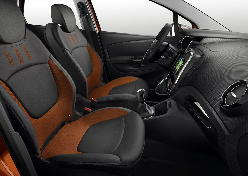2014 Renault Captur Inside (Photo 3 of 7)